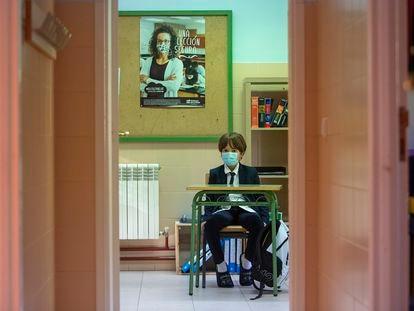 Primer día de clase, hoy, en el colegio Alto Cidacos de Arnedillo, en La Rioja.