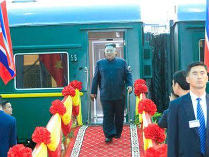 El líder de Coreal del Norte ha recorrido 4.500 kilómetros en tren y coche para llegar desde Pyongyang hasta la capital de Vietnam