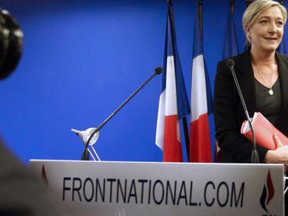 Marine Le Pen, líder del partido de ultraderecha francés Frente Nacional, en una conferencia de prensa el año pasado.