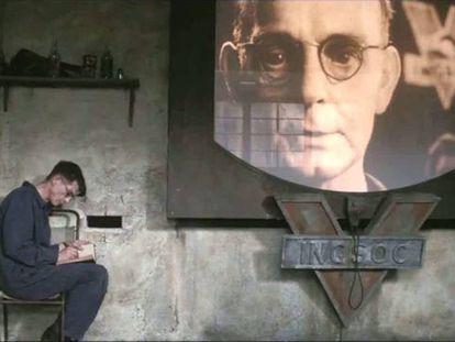 Fotograma de la película '1984', dirigida por Michael Radford.