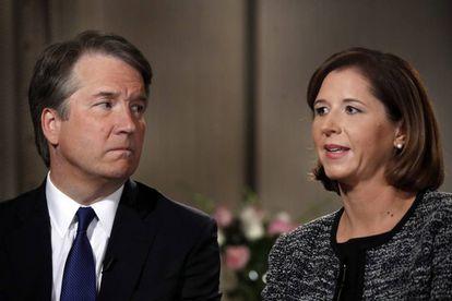 Brett Kavanaugh y su esposa Ashley Estes Kavanaugh en una entrevista a Fox News