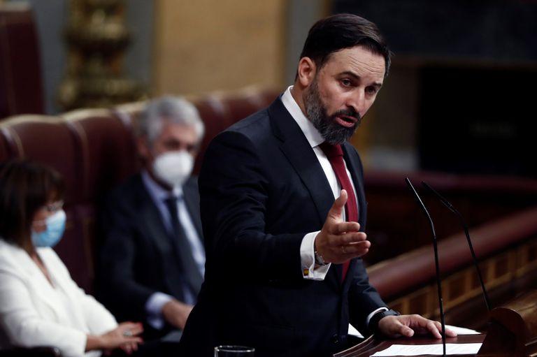 El líder de Vox, Santiago Abascal, durante su intervención en la moción de censura de su partido al Gobierno de coalición en el Congreso de los Diputados, este miércoles.