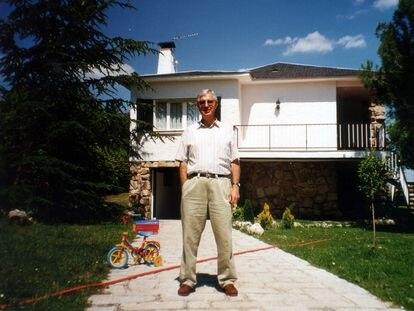 El abuelo del autor, en una de las fotos que recuerda su nieto.