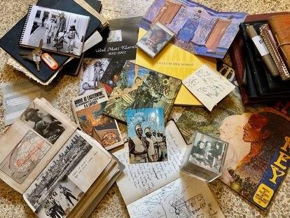 Documentos y diarios del artista pertenecientes al archivo Klarwein.