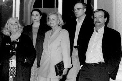Carmen Martín Gaite, Adelaida García Morales, Josefina Aldecoa, Justo Navarro y Rafael Chirbes en 1994.
