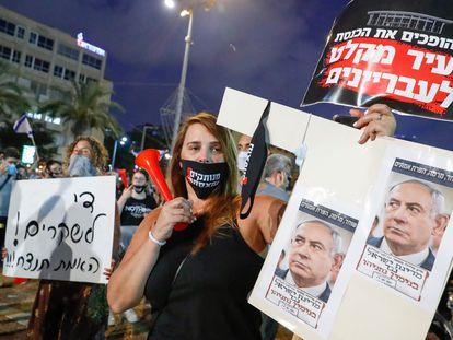 Manifestación contra la gestión de Netanyahu, el sábado en Tel Aviv.