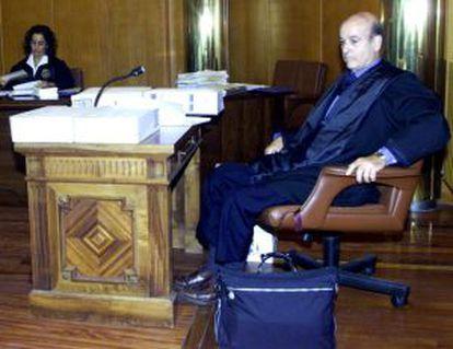 El expresidente de Cantabria, Juan Hormaechea, durante su juicio en 2002.