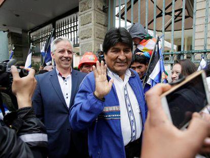 Evo Morales junto con el vicepresidente Álvaro García.