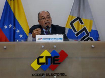 El presidente del Poder Electoral de Venezuela, Pedro Calzadilla, durante una conferencia de prensa este jueves, en Caracas.