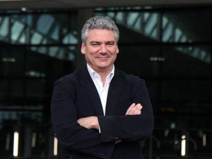 El arquitecto Luis Vidal, en el aeropuerto de Heathrow, en una imagen de archivo.