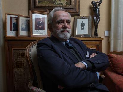 Dvd1041(19/02/21) Nicolás Perez-Serrano Jáuregui ,  Letrado de las Cortes Generales , posa en su domicilio , Madrid Foto: Víctor Sainz