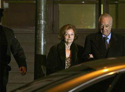 Isabel Perón deja anoche la Audiencia Nacional después de que el juez decretase su libertad provisional