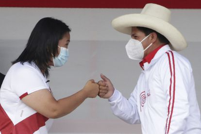 Peru's presidential candidates, Keiko Fujimori and Pedro Castillo, in an image from May 2021.