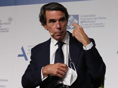 El expresidente del Gobierno, José María Aznar, durante la clausura del curso 2020/2021 del Máster Universitario en Acción Política de la Universidad Francisco de Vitoria, a 25 de junio de 2021, en Madrid.