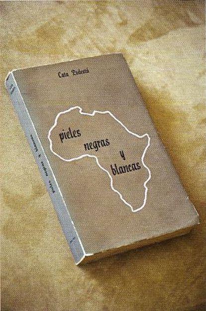 Portada de un ejemplar del libro 'Pieles negras y blancas'.