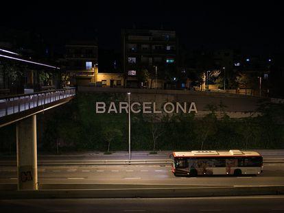 Acceso a Barcelona por la Meridiana en la quinta semana de confinamiento.