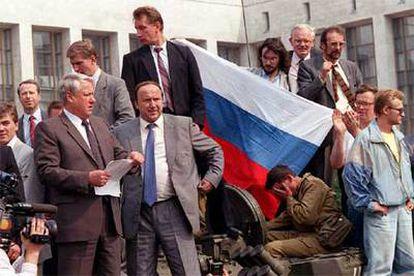 El ex presidente Borís Yeltsin, tras un intento de golpe de Estado en 1991.