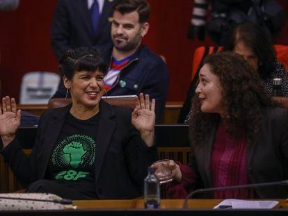 La líder de Adelante Andalucía, Teresa Rodríguez, durante la sesión de control al Gobierno en el Parlamento de Andalucía.