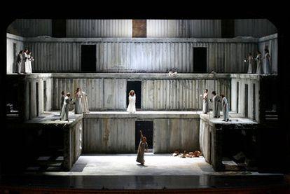 <i>Electra,</i> con un montaje de Klaus Michael Grüber y Anselm Kiefer para el teatro San Carlo de Nápoles, abrirá la temporada en Madrid.