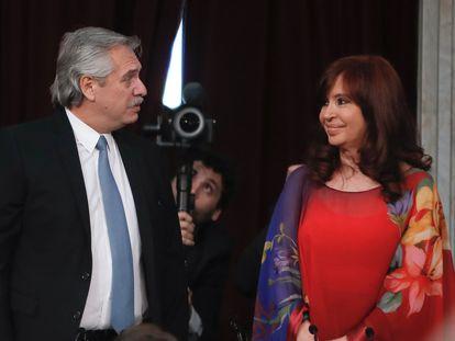El presidente argentino, Alberto Fernández, y la vicepresidente Cristina Kirchner participan en la inauguración de las sesiones ordinarias en el Congreso, el 1 de marzo de 2020 en Buenos Aires.