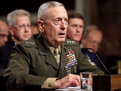 Para aprobar su designación, el Congreso debería autorizar una excepción por su reciente experiencia militar