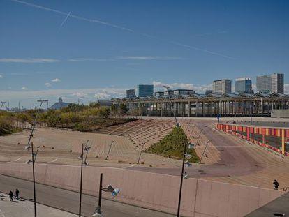 Vista de la zona del Fòrum de les Cultures, que actualment serveix d'espai per organitzar actes massius.