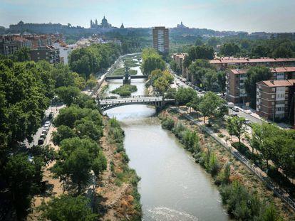 El río Manzanares a su paso por Madrid.