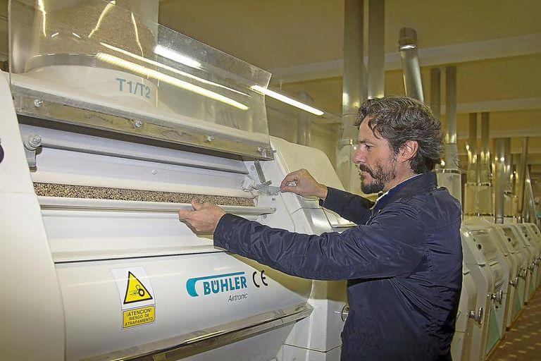 Juan Carbajo, director general del grupo Molinos del Duero, en su fábrica, en una imagen de la compañía.