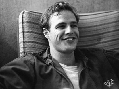 """""""Si tuviéramos que colgarle una etiqueta sería la de heterosexual, pero, por otra parte, era muy sensual y entendía que el apetito y los sentimientos sexuales no tenían límites"""", explica su biógrafa. / Vídeo: Marlon Brando en 'El último tango en París'."""