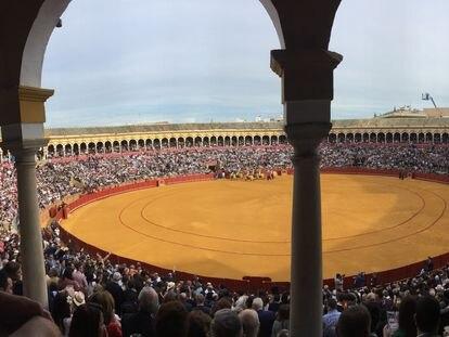 La plaza de La Maestranza, en tarde de festejo.