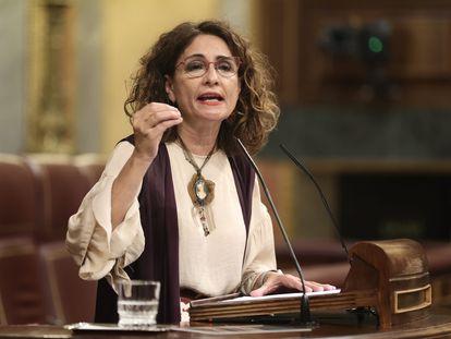 La ministra de Hacienda, María Jesús Montero, en el Congreso de los Diputados esta semana.