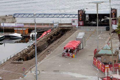La pasarela de madera del puerto de Vigo que se desplomó en O Marisquiño.