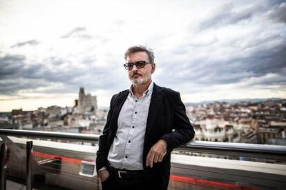 Álvaro Begines, director de 'Cachita, la esclavitud borrada', en la terraza del Círculo de Bellas Artes.