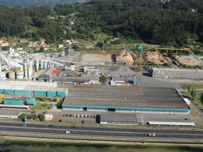 Vista aérea de la fabrica de celulosa de Lourizán (Pontevedra) de Ence.