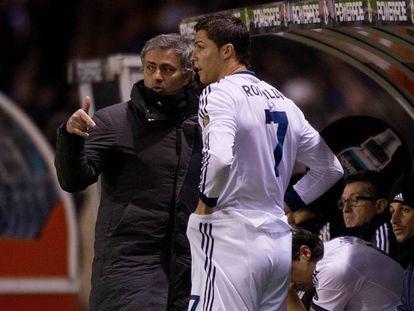 Jose Mourinho y Cristiano Ronaldo, en A Coruña en 2013.