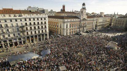 Cacerolada convocada por el 15-M en 2012 por su aniversario.