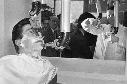 Barbero robótico (1957)