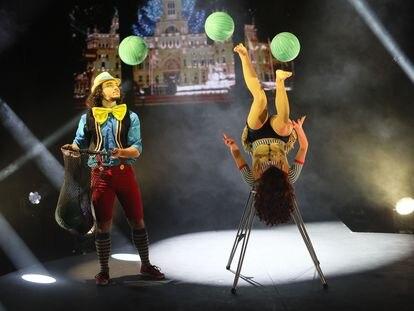 Presentación del programa navideño del Circo Price.