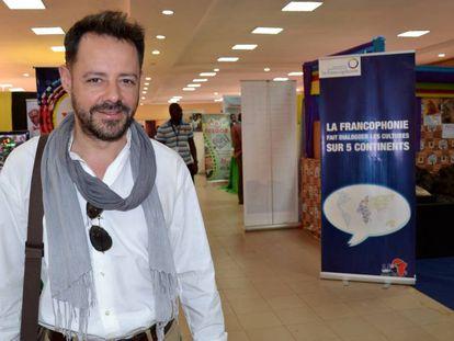 Alfredo Torrescalles en la sede de Fespaco en Uagadugú.