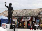 Una estatua de Luis Carlos Galán en Soacha.