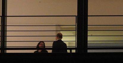 La líder de los socialdemócratas alemanes, Andrea Nahles, y el ministro de Finanzas, Olaf Scholz, en la reunión sobre los coches diésel celebrada en la Cancillería de Berlín el lunes por la noche.
