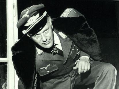 Curd Jürgens en 'El general del diablo', filme basado en la vida de Ernst Udet.