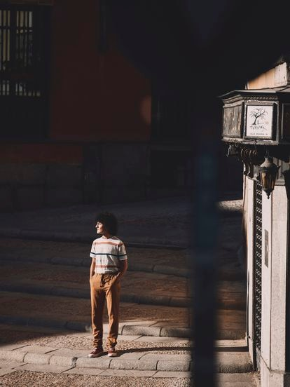 Mario García Obrero ganó en octubre, con 17 años, el Loewe de Poesía Joven con su poemario 'Peachtree City'.