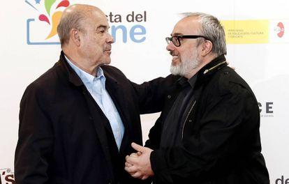 El actor Antonio Resines (izquierda) y el director Álex de la Iglesia, el pasado 3 de mayo, en la presentación de la XIV edición de la Fiesta del Cine.