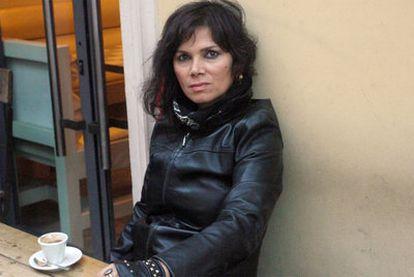Una fotografía reciente de la artista turca Sukran Moral, amenazada de muerte.