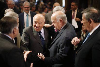 A la derecha, José Miguel Insulza, junto al presidente ejecutivo de CAF, Enrique García.