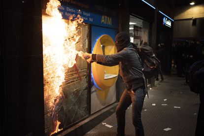 Disturbios en Barcelona el pasado sábado en protesta por el encarcelamiento de Pablo Hasél.