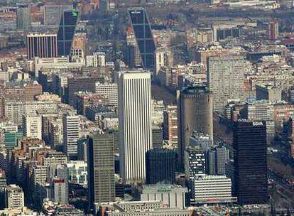 Panorámica de la zona de Azca, en Madrid, con varios de los edificios más emblemáticos de la capital, entre ellos la sede de BBVA.