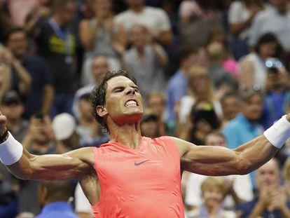 Nadal celebra su victoria contra Khachanov en Nueva York.