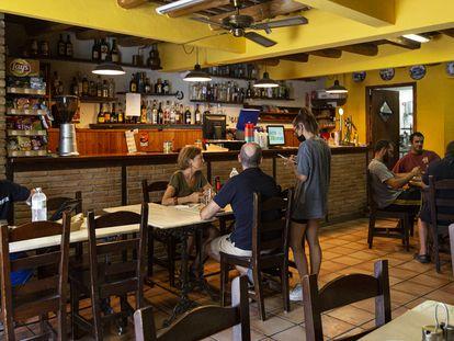 Café del Mig en Perafita, Lluçanès.